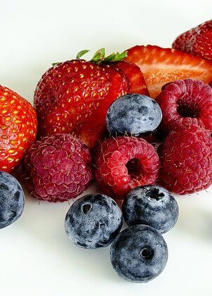 Berries for a ketogenic lifestyle