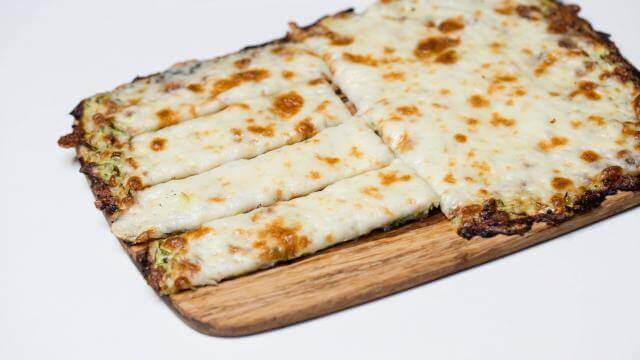 Cheesy ketogenic bread stick